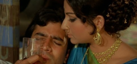 Chingari Koi Bhadke Lyrics (Full Video) - Amar Prem   Rajesh Khanna, Sharmila Tagore  