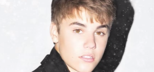 Christmas Eve Lyrics (Full Video) - Justin Bieber