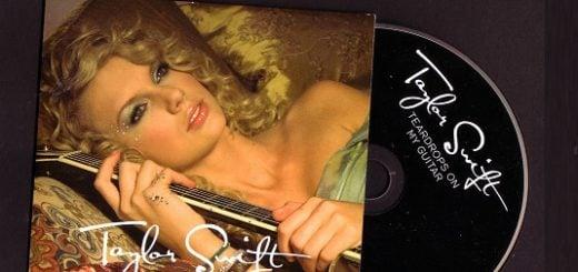 Teardrops On My Guitar Lyrics - Taylor Swift